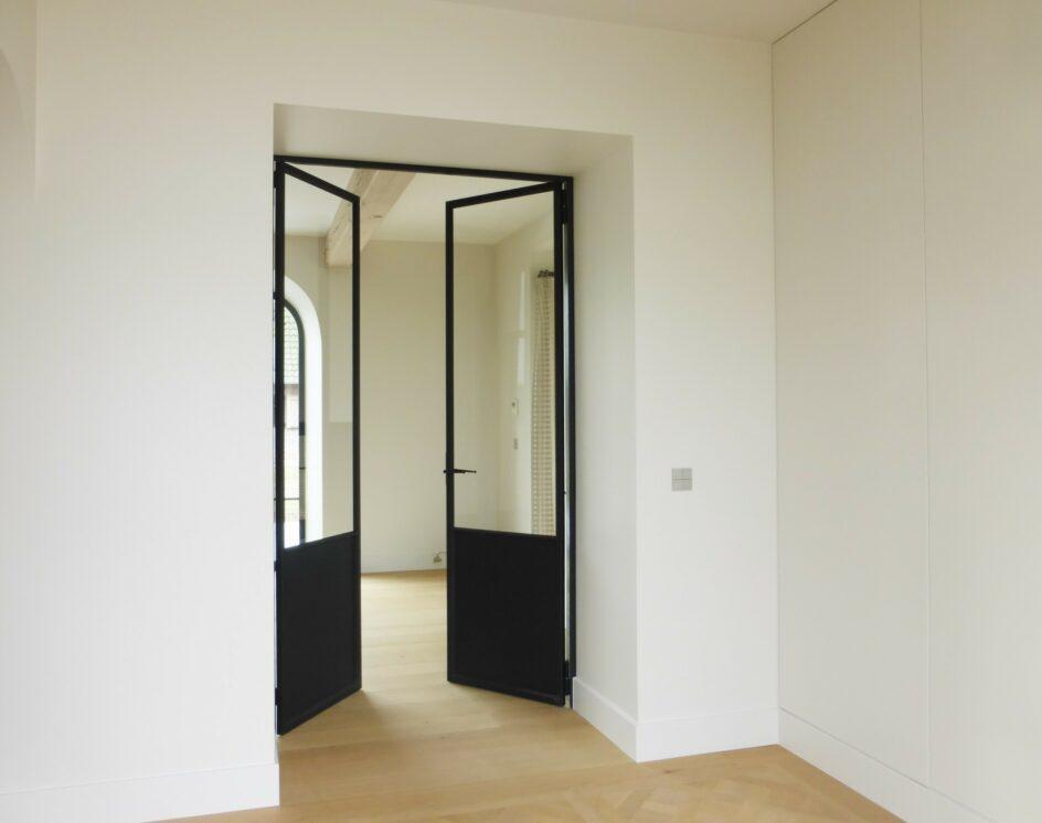 Stalen dubbel opendraaiende deur
